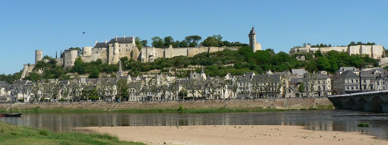 Chinon France  city pictures gallery : Which country has the best castles vs., gardens, buildings World ...