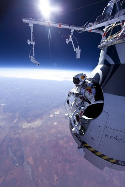 Felix Baumgartner : Retour Sur L'incroyable Record [FRENCH TVHDRiP 1080P]